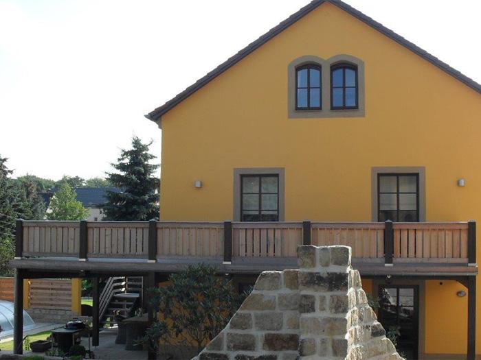 Umbau Wohnhaus mit Balkonanbau